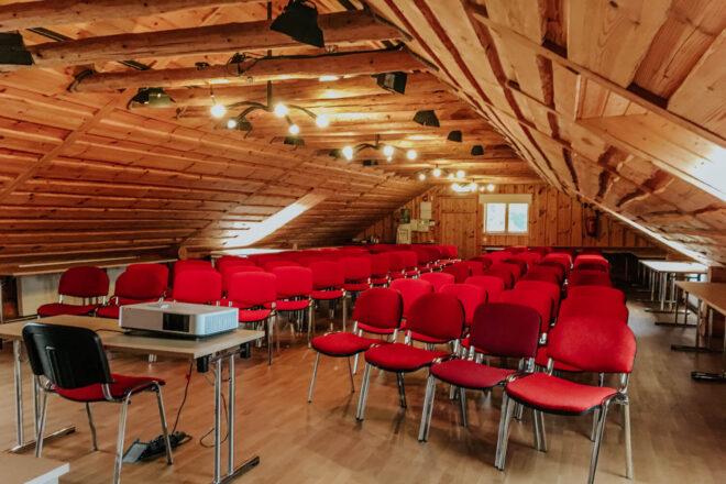 Aidamaja seminarisaal